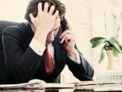 empresario-triste-preocupado-700x322